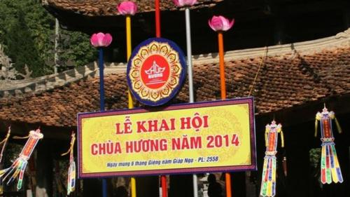 """""""Luật bất thành văn"""" ở lễ hội Chùa Hương?"""