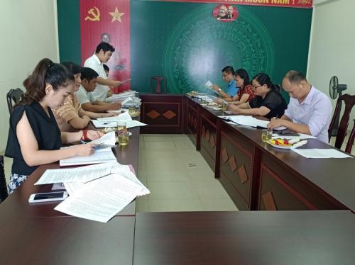 Đoàn kiểm tra Công đoàn Viên chức tỉnh làm việc tại  Công đoàn cơ sở Đoàn Nghệ thuật Cao Bằng