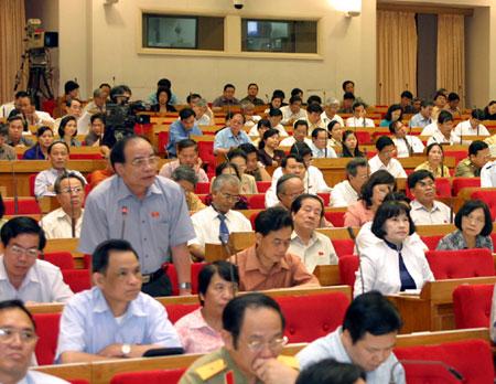 Luân chuyển 44 cán bộ lãnh đạo về địa phương