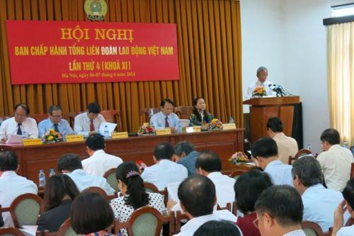 Tổng LĐLĐVN Khai mạc Hội nghị lần thứ 4 Ban chấp hành khóa XI