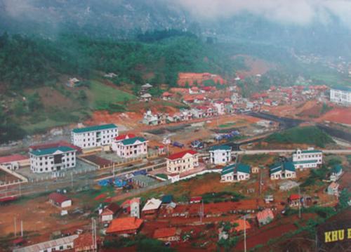 Các cấp Công đoàn Xây dựng Việt nam - Đảm bảo nơi ăn, ở cho công nhân công trường