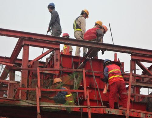 Tháng Công nhân năm 2014 - Tháng cao điểm về chăm lo quyền, lợi ích hợp pháp của người lao động