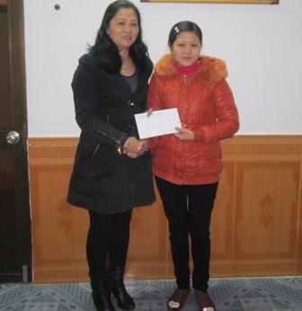 Công đoàn Viên chức tỉnh Cao Bằng thăm và tặng quà đoàn viên có hoàn cảnh khó khăn