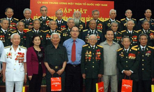 Gặp mặt cựu chiến binh, cựu thanh niên xung phong tham gia chiến dịch Điện Biên Phủ