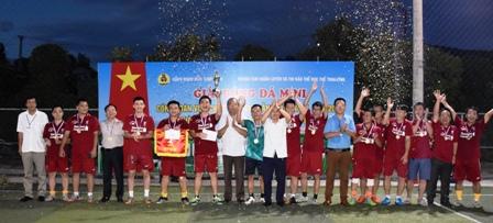Giải bóng đá mini CĐVC tỉnh lần thứ IV, năm 2018 đã tổ chức thành công rực rỡ!