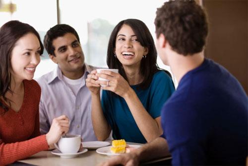 8 thói quen xấu cần bỏ khi giao tiếp