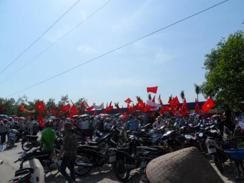 Thường trực Tỉnh ủy Thanh Hóa chỉ đạo tổ chức Công đoàn - Kêu gọi công nhân không nhận tiền để đi... míttinh